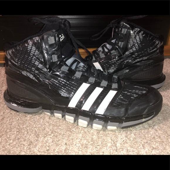 c02052567cc adidas Other - Adidas crazyquick basketball sneaker